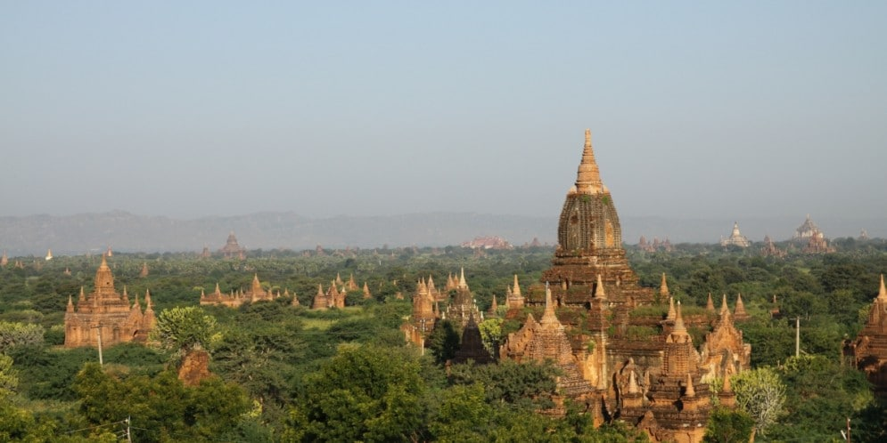 Birma Bagan. Panorama Baganu