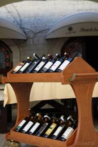 Kotor wino w restauracji