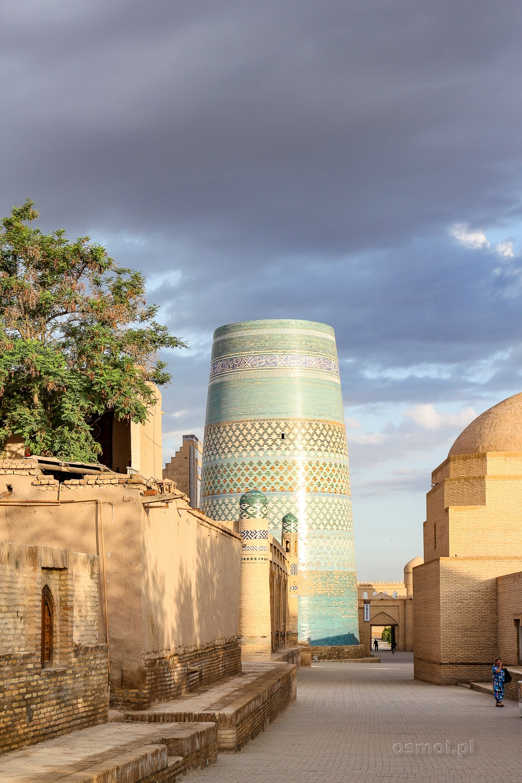 Najsłynniejszy niedokończony meczet w Chiwie