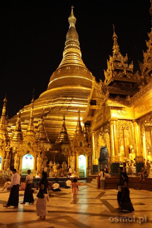 Shwedagon Pagoda nocą (fot. Paweł Osmólski)