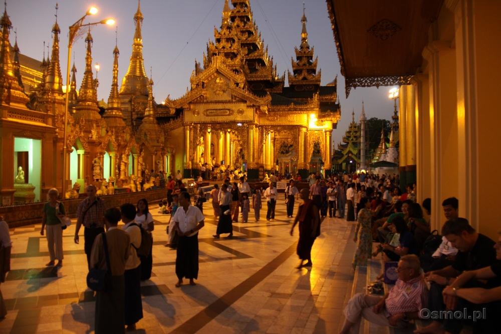 Shwedagon Pagoda - Birma