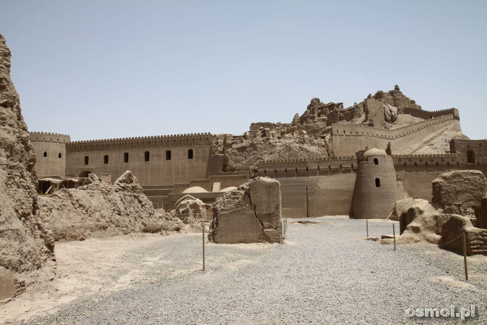Bam - twierdza powoli odbudowywana przez archeologów