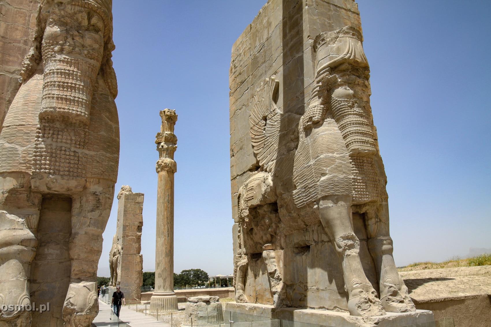 Brama Narodow w Persepolis w Iranie
