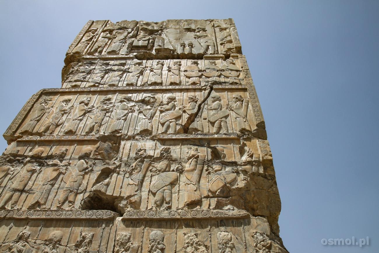 Rzeźby na Bramie Narodów w Persepolis