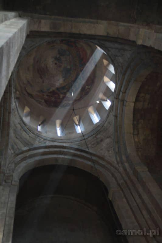 Sweti Cchoweli sklepienie kościoła
