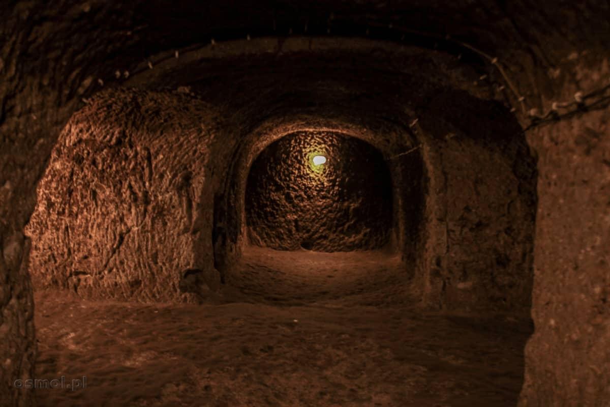 Podziemna komora w Derinkuyu
