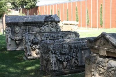 Afrodyzja grobowce