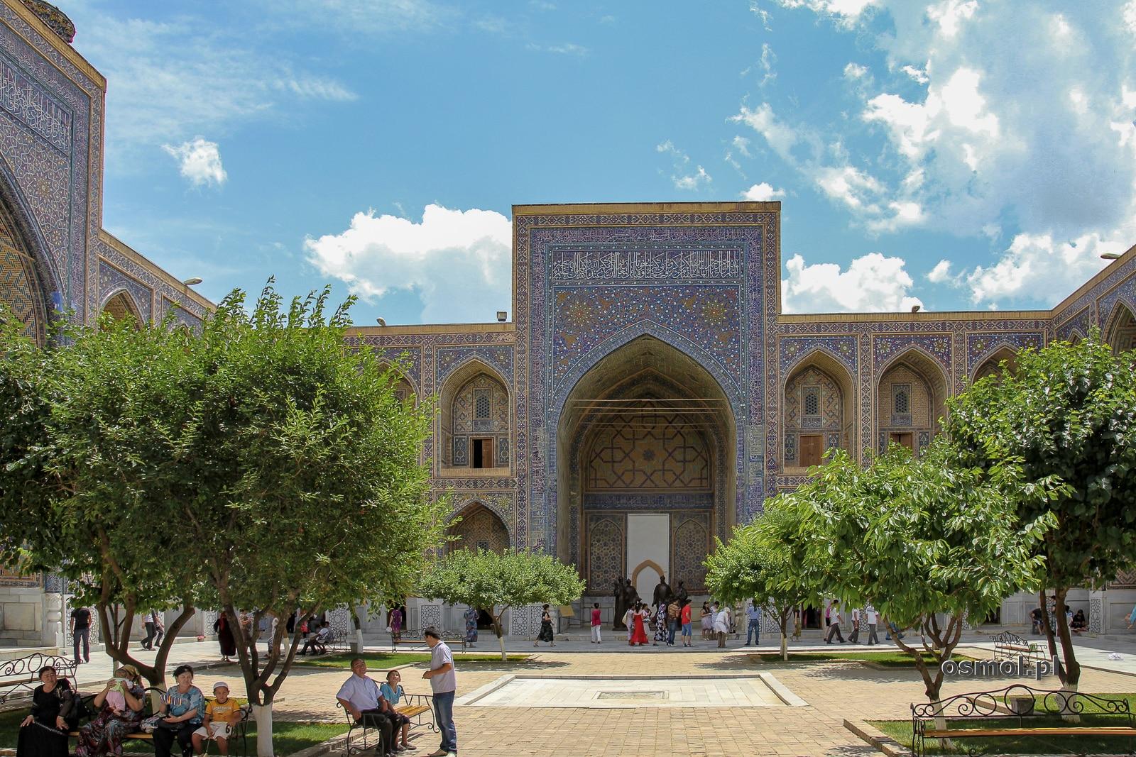 Registan, jedna z głównych atrakcji Samarkandy w Uzbekistanie