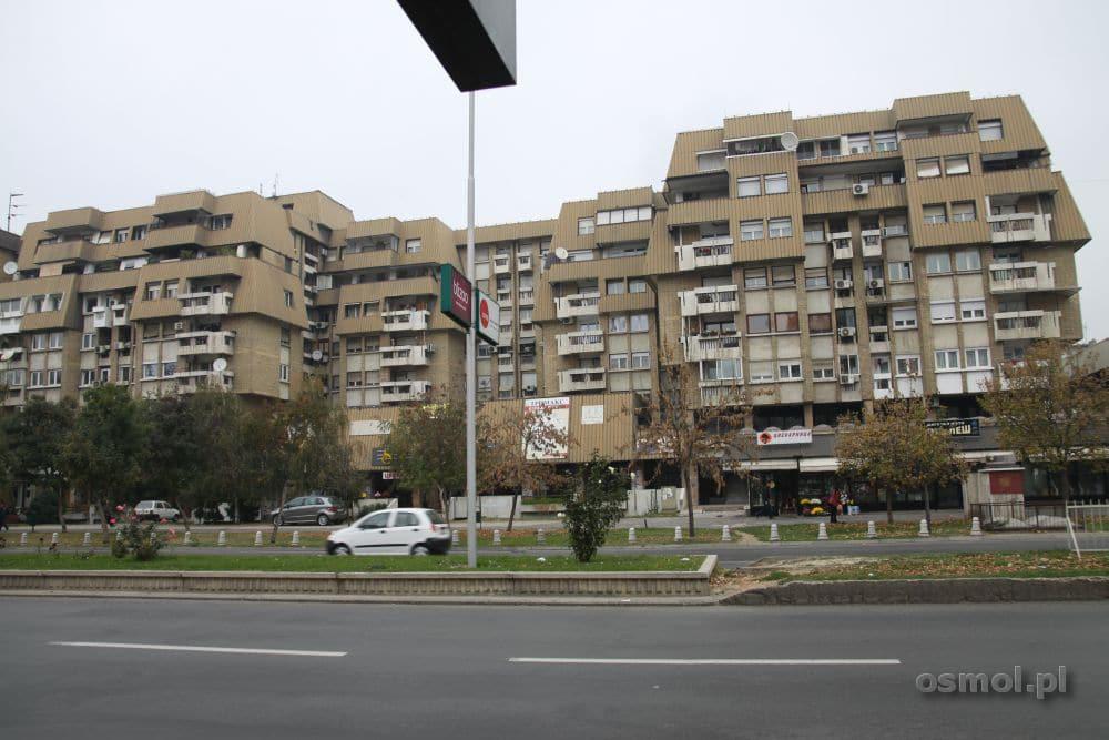Beton i koszmarne kanciaste wieżowce to codzienność w Skopje