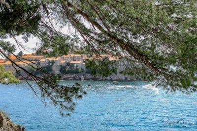 Zatoka przy Świętym Stefanie w Czarnogórze