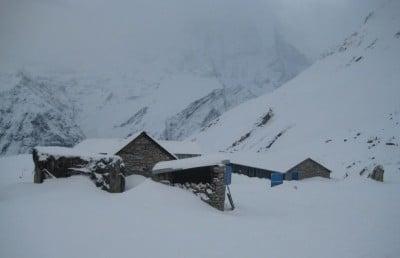 Pierwsza Baza Annapurny
