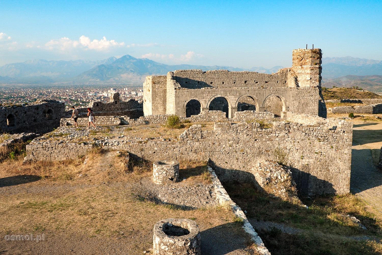Ruiny w Zamku Rozafa