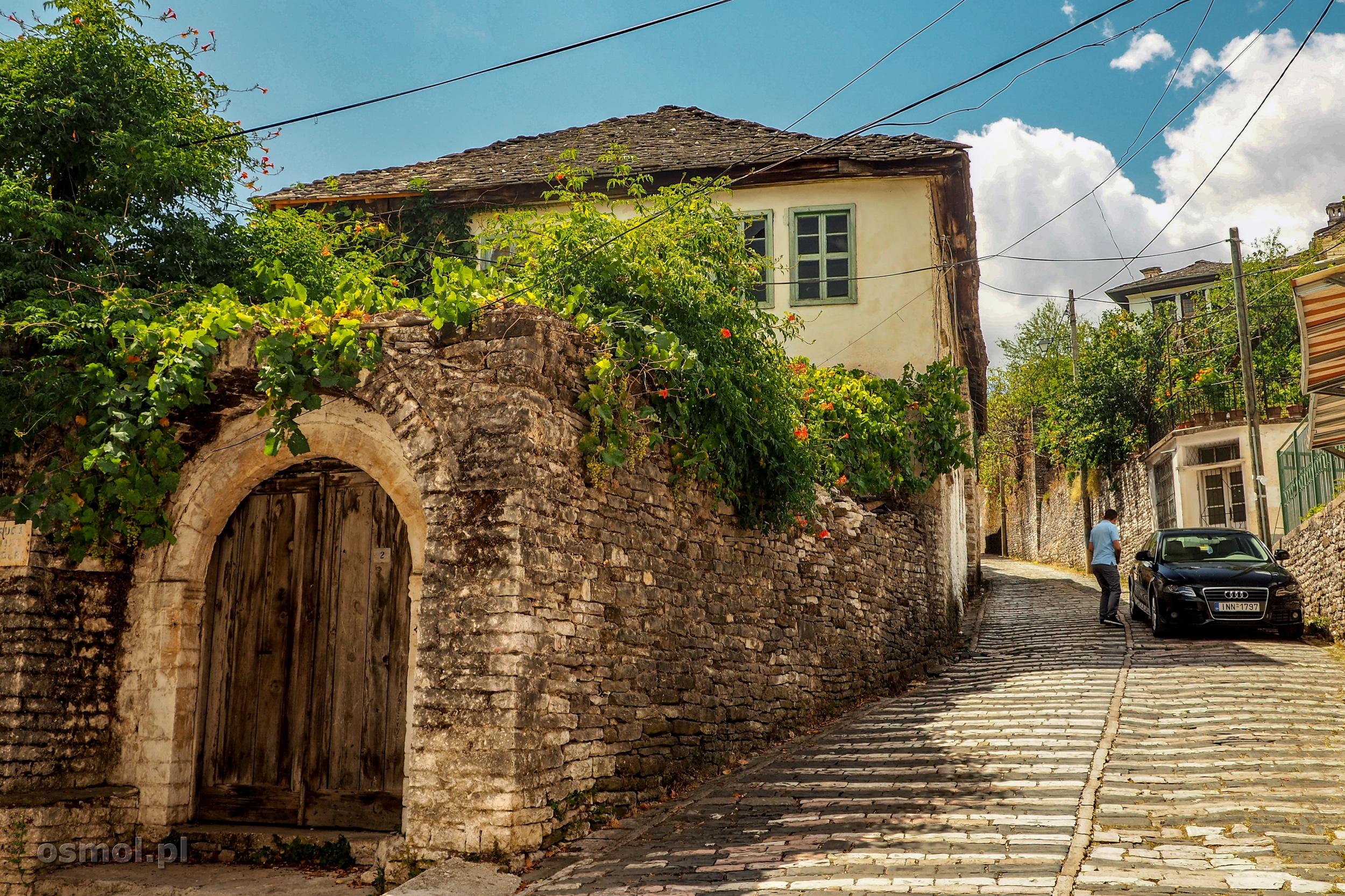 Tradycyjmy dom w Gjirokastrze