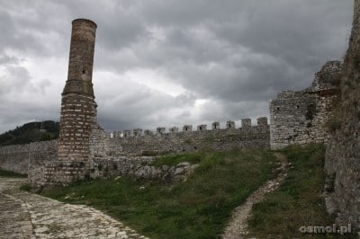 Z dawnego Czerwonego Meczetu został tylko minaret