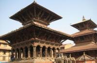 Jedna z licznych świątyń na Durbar Square w Patanie