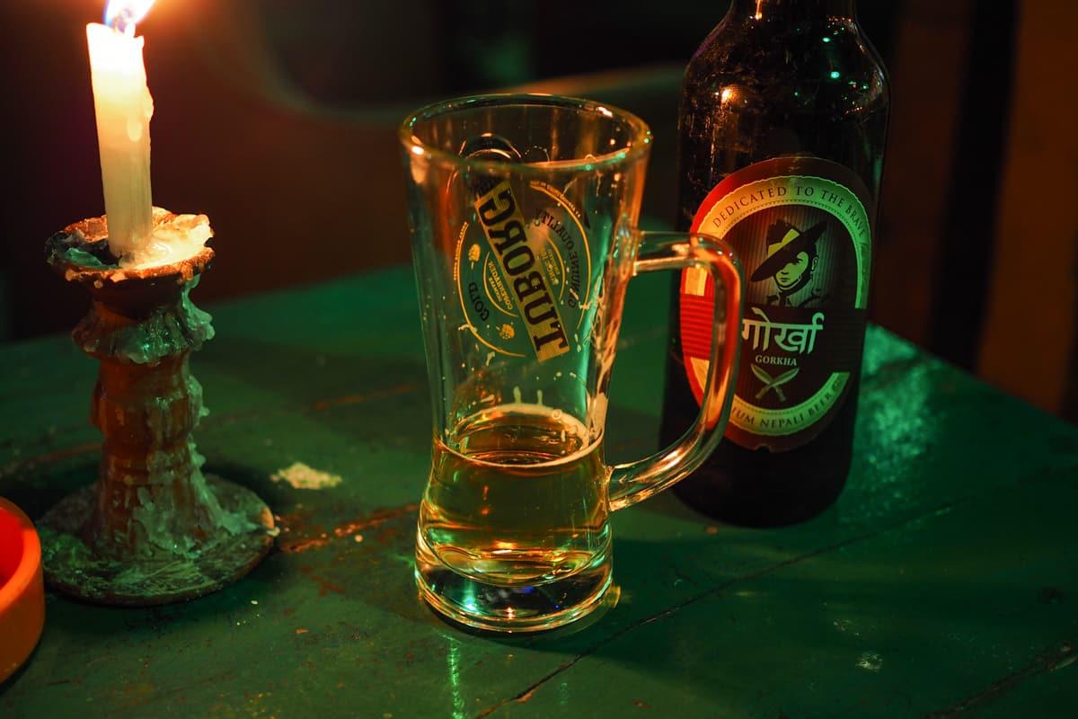 Piwo Gorkha. Obok everestu drugie najpopularniejsze piwo w Nepalu
