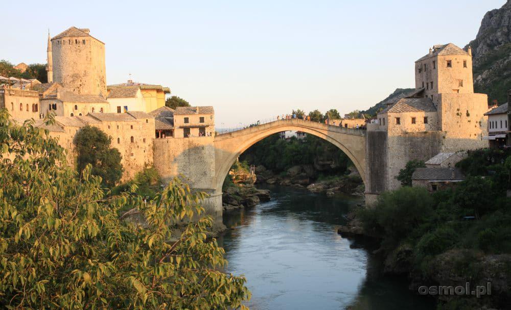 Widok na Stary Most w Mostarze. Bośnia