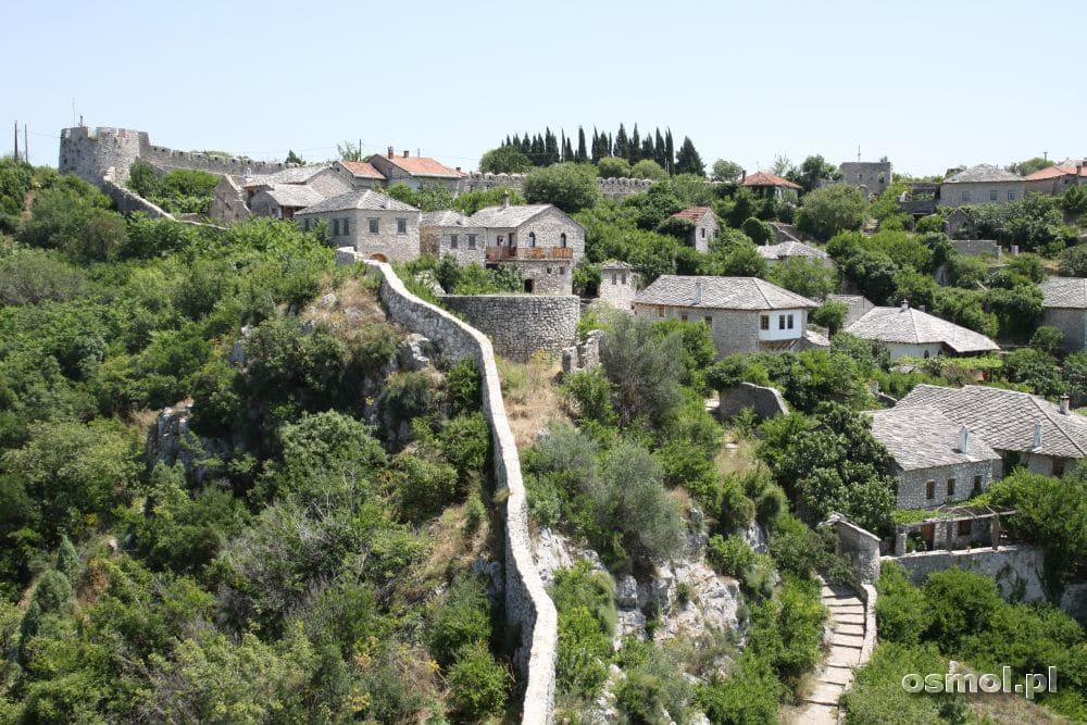 Widok na osmańskie domy w Pocitelj