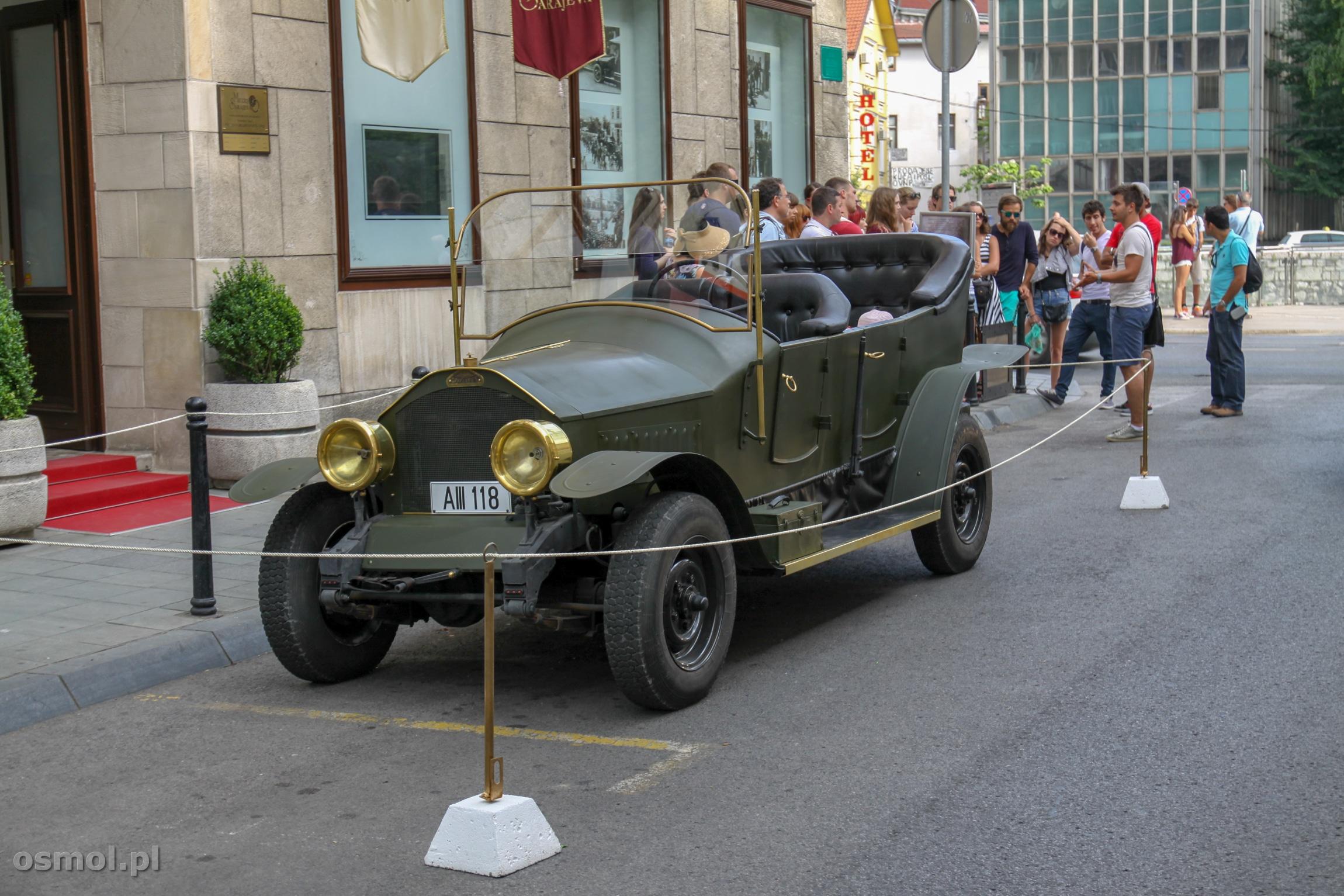 Replika samochodu, jakim jakim jechał Arcyksiążę Ferdynand