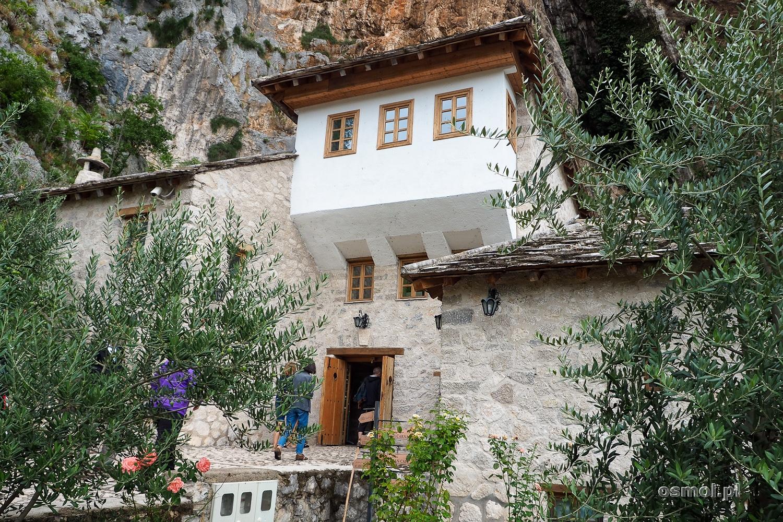 Wejście do klasztoru derwiszów w Blagaj. Bośnia