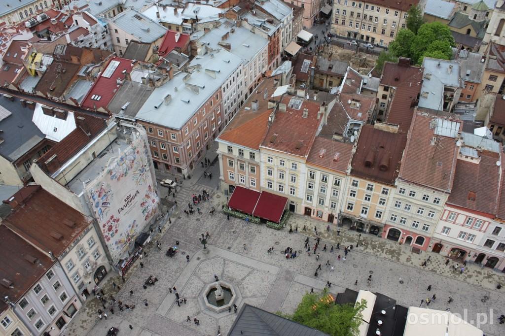 Widok na Lwów z wieży Ratusza