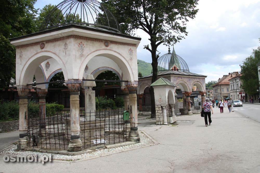 Osmańskie tradycyjne grobowce to dziś jedna z głównych atrakcji jakie oferuje Travnik