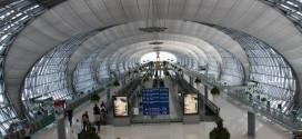 Lotnisko w Bangkoku. Brama do Azji, port przylotu większości turystów ze świata. Także tych, którzy jadą tu głównie po seks.