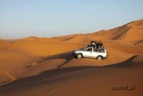 Maroko pustynia Merzouga jeep