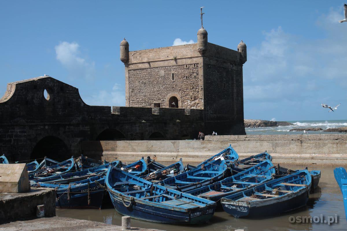 Mury strzegące wejścia do portu w Essaoiurze