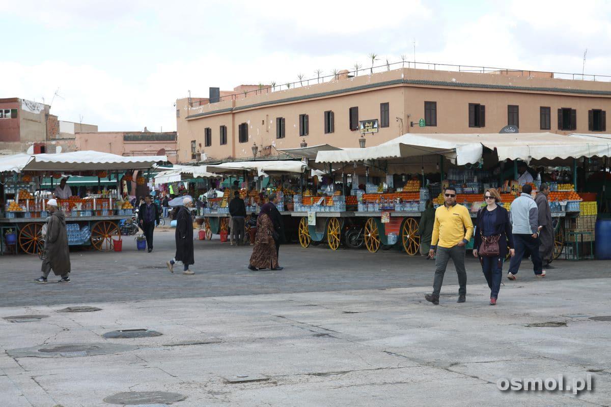 Stragany na Jama el-Fna w Marakeszu