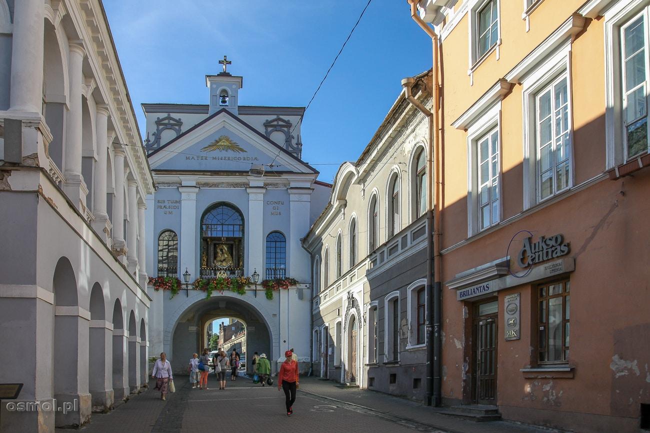 Ostra Brama - Kaplica Matki Boskiej Ostrobramskiej w Wilnie