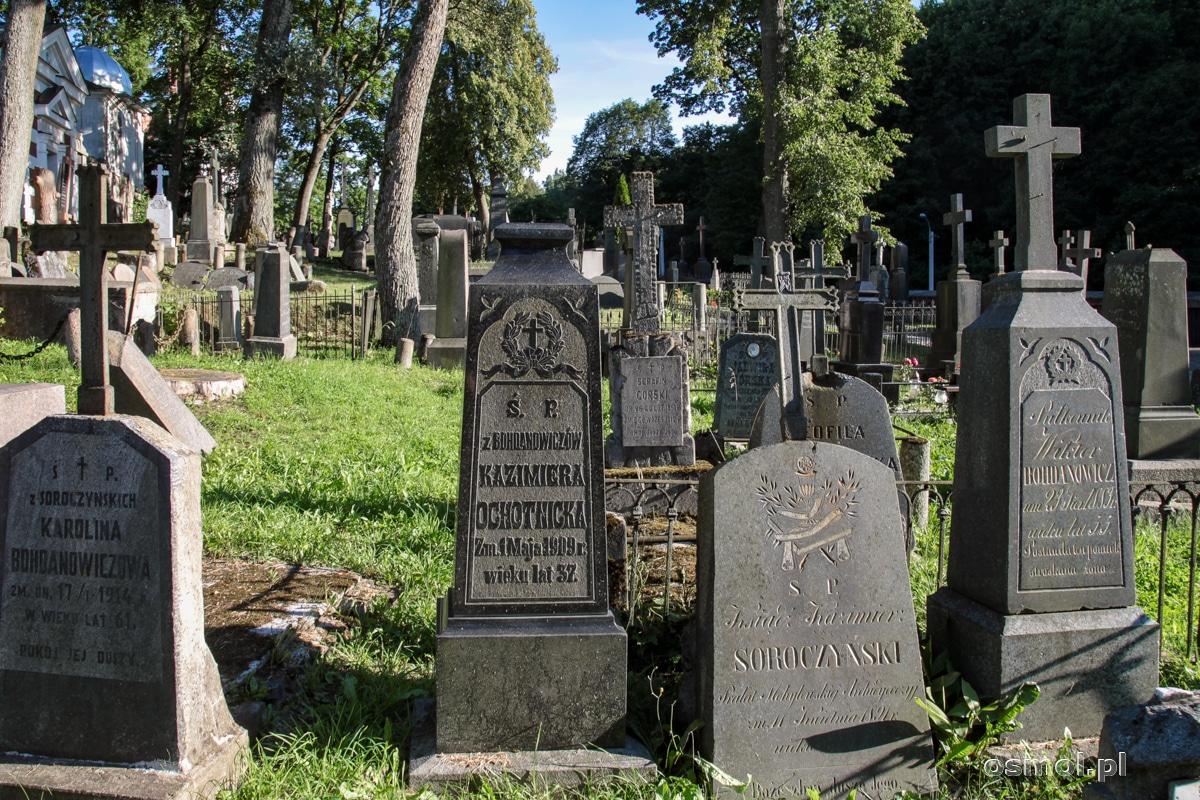 Polskie nagrobki na cmentarzu na Rossie w Wilnie