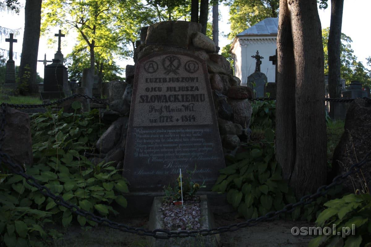 Nagrobek ojca Juliusza Słowackiego na cmentarzu na Rossie