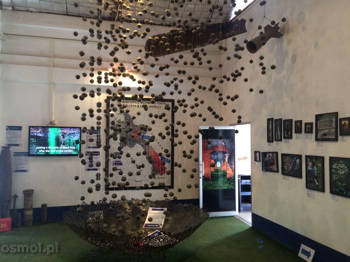 Bomby w muzeum UXO Wientian. Tajna wojna wciąż zbiera śmiertelne żniwo