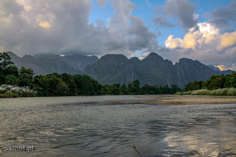 Krajobraz w Vang Vieng Laos