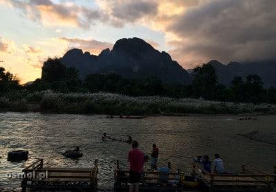 Rzeka w Vang Vieng