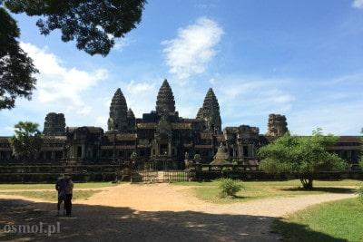 Z tylu Angkor Wat pustka