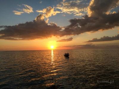 Jezioro Tonle Sap - zachód słońca