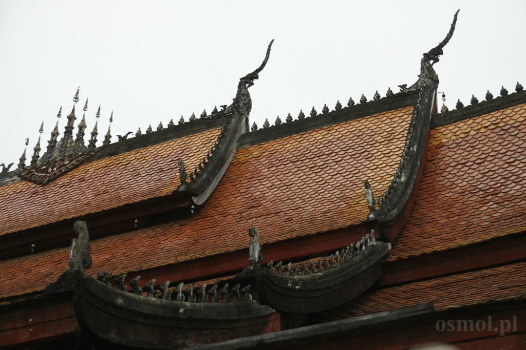 Dach swiątyni w Laosie