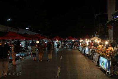 Market w Laosie w Luang Prabang