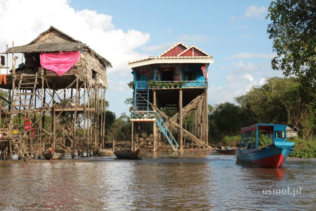 Tonle Sap domy na palach