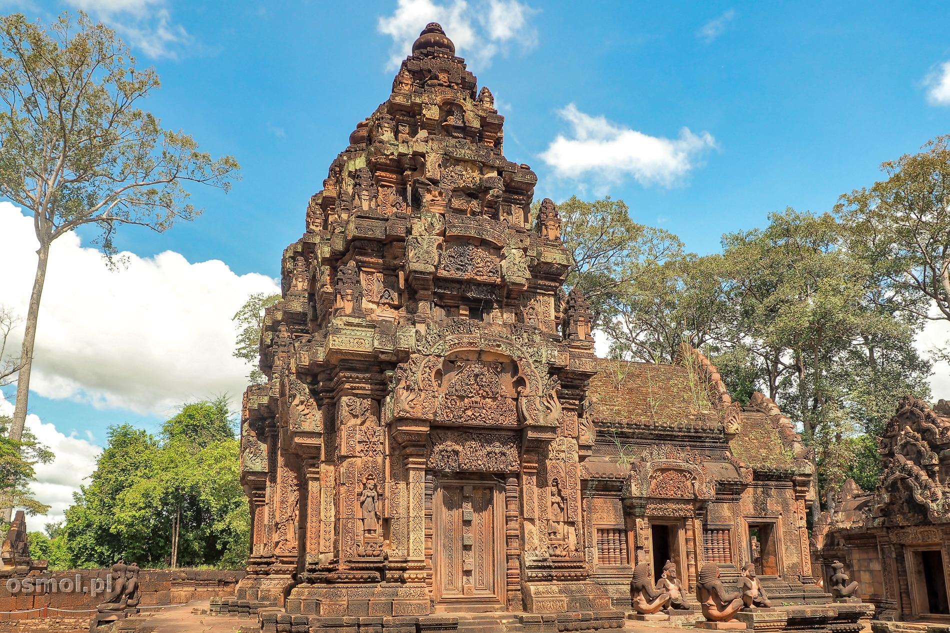 Banteay Srei w Kambodży zwana też Świątynią Kobiet.