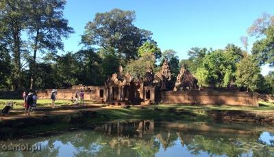Banteay Srei - wejście do światyni