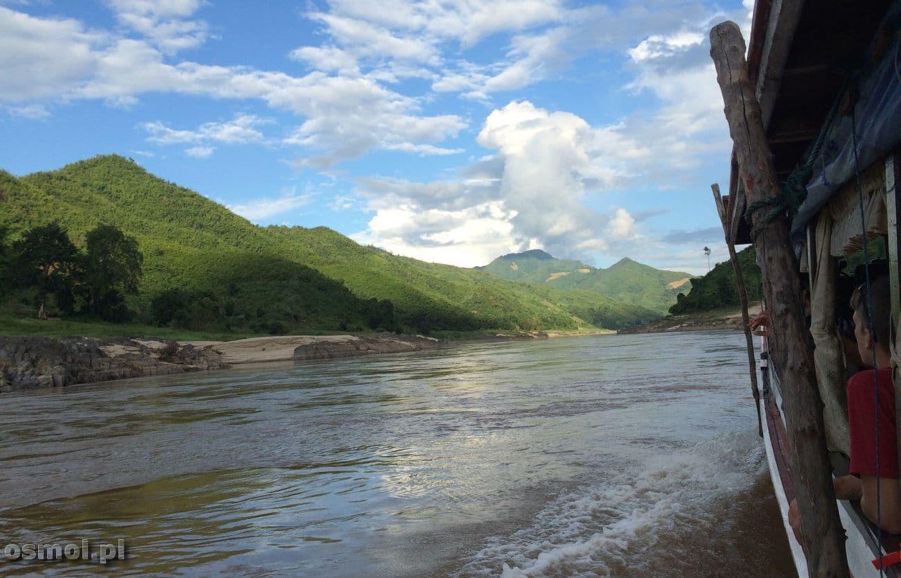 Łódź na Mekongu