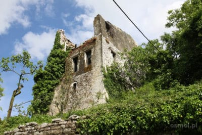 Ruiny domu w Gjirokastrze