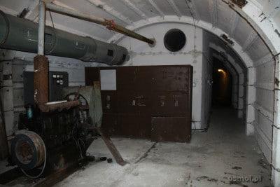 Sala z agregatorem prądotwórczym w schronie