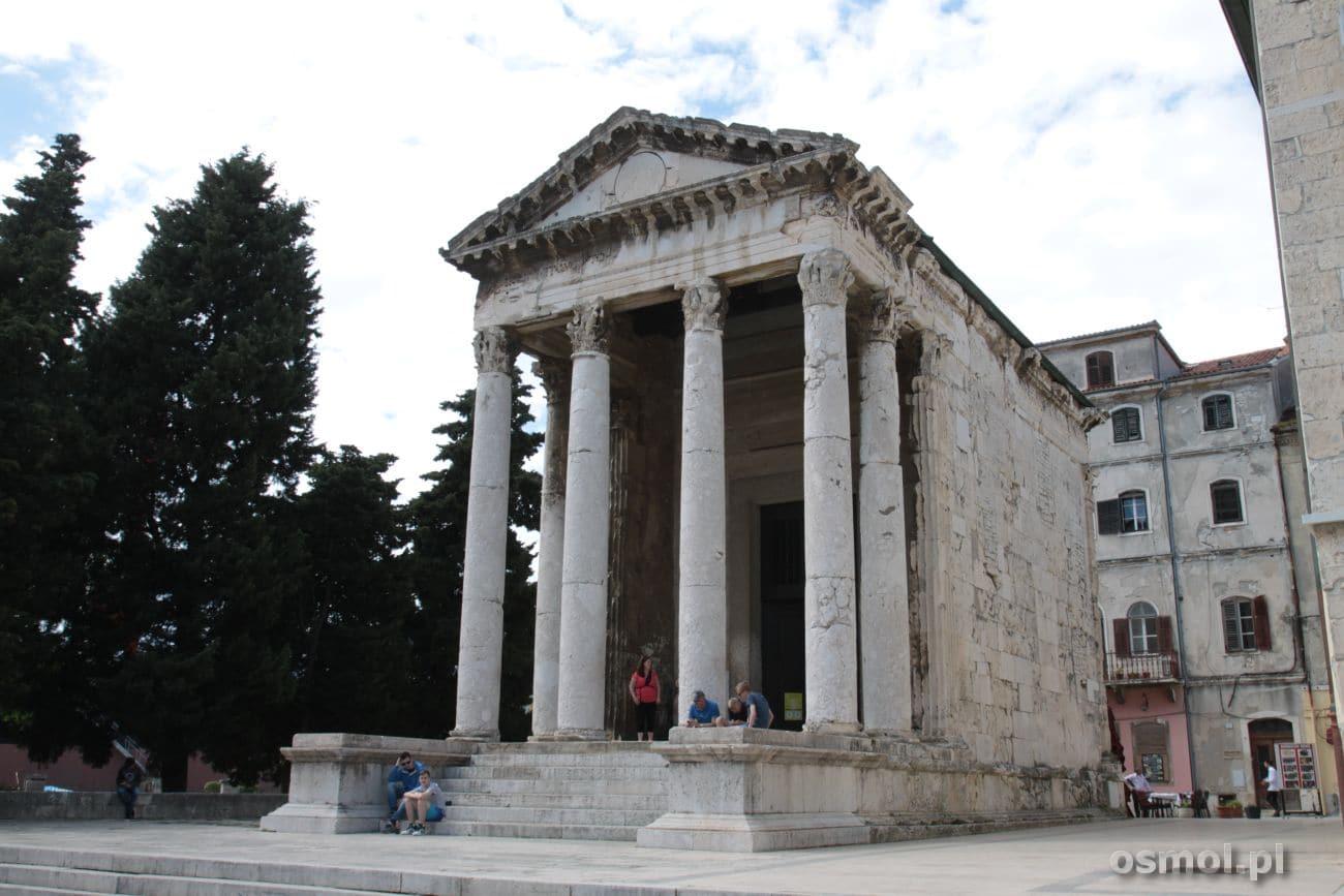 Świątynia Augusta w Puli