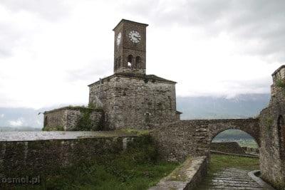Wieza zegarowa na zamku w Gjirokastrze