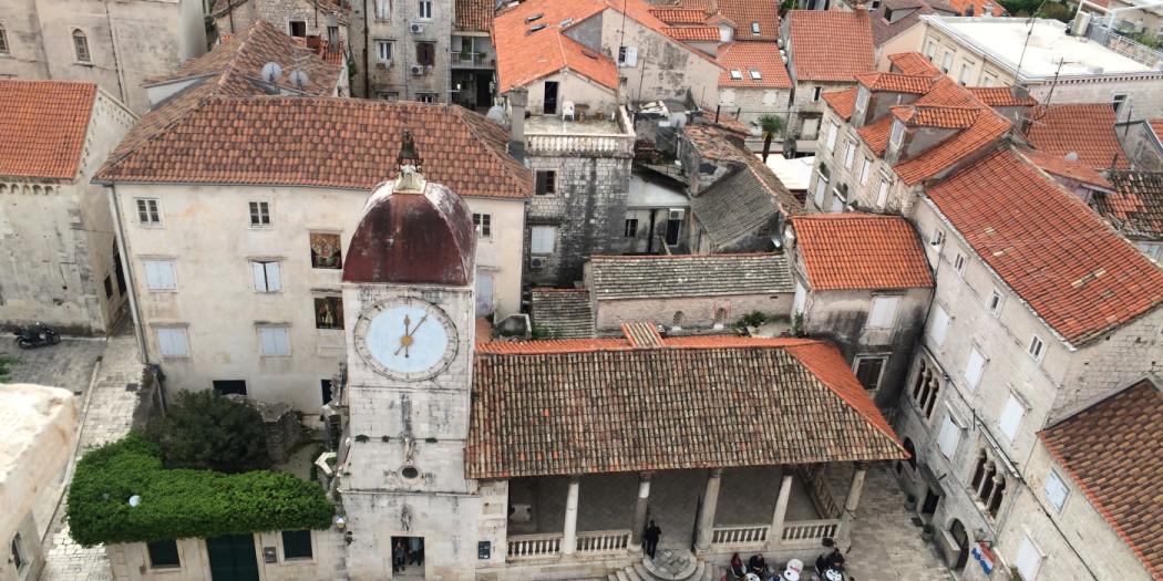 Plac Jana Pawła II w Trogirze w Chorwacji