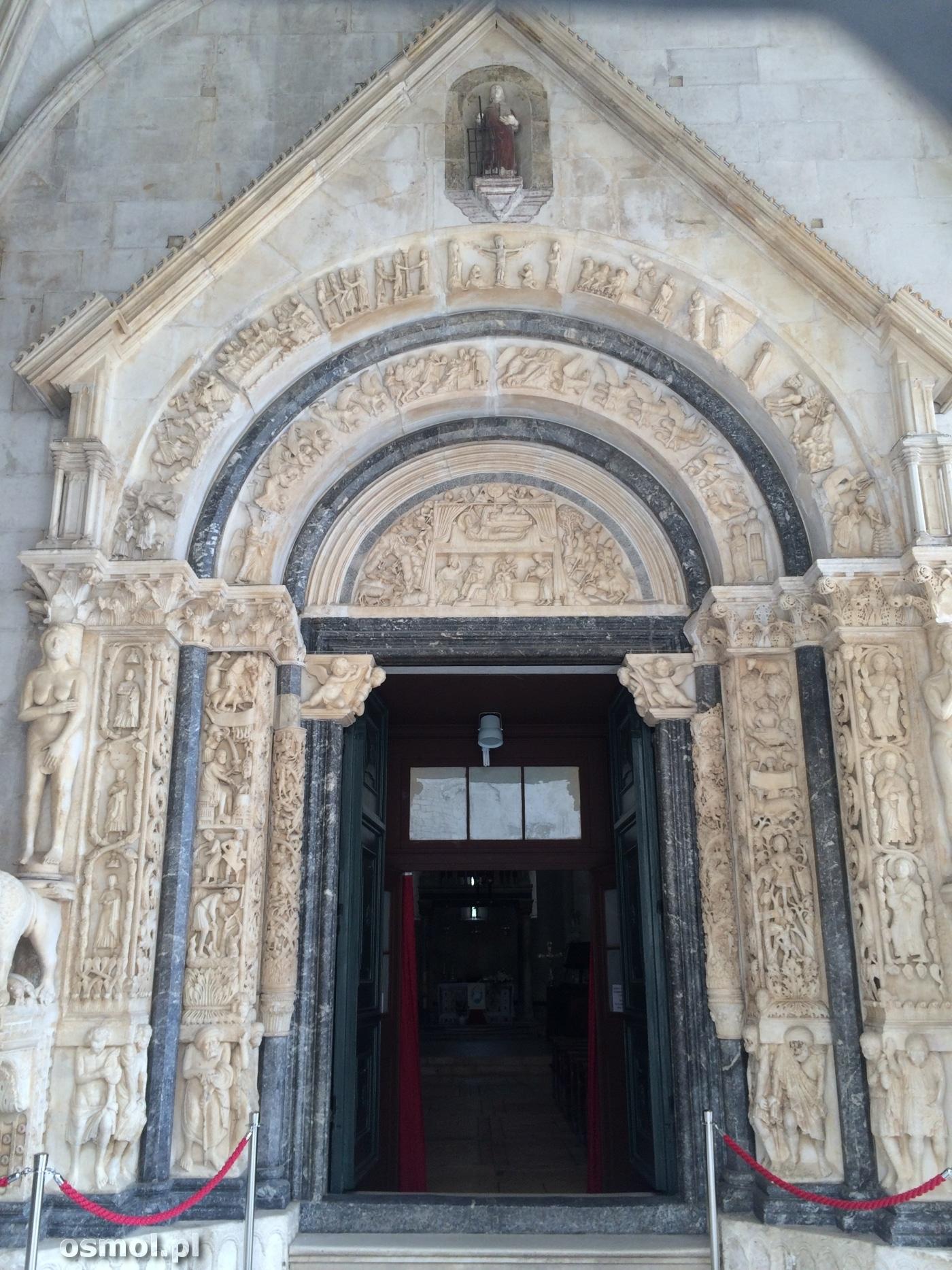Portal w katedrze św. Wawrzyńca w Trogirze